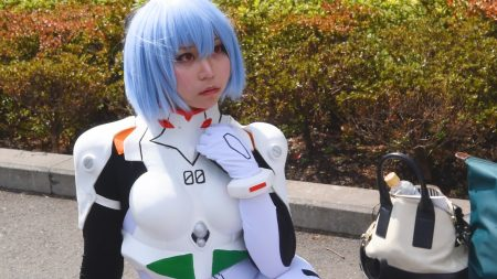 Cosplayer Masshiro Yuu as Rei from Evangelion