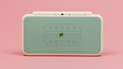 First Look at Nintendo's Animal Crossing 2DS LL